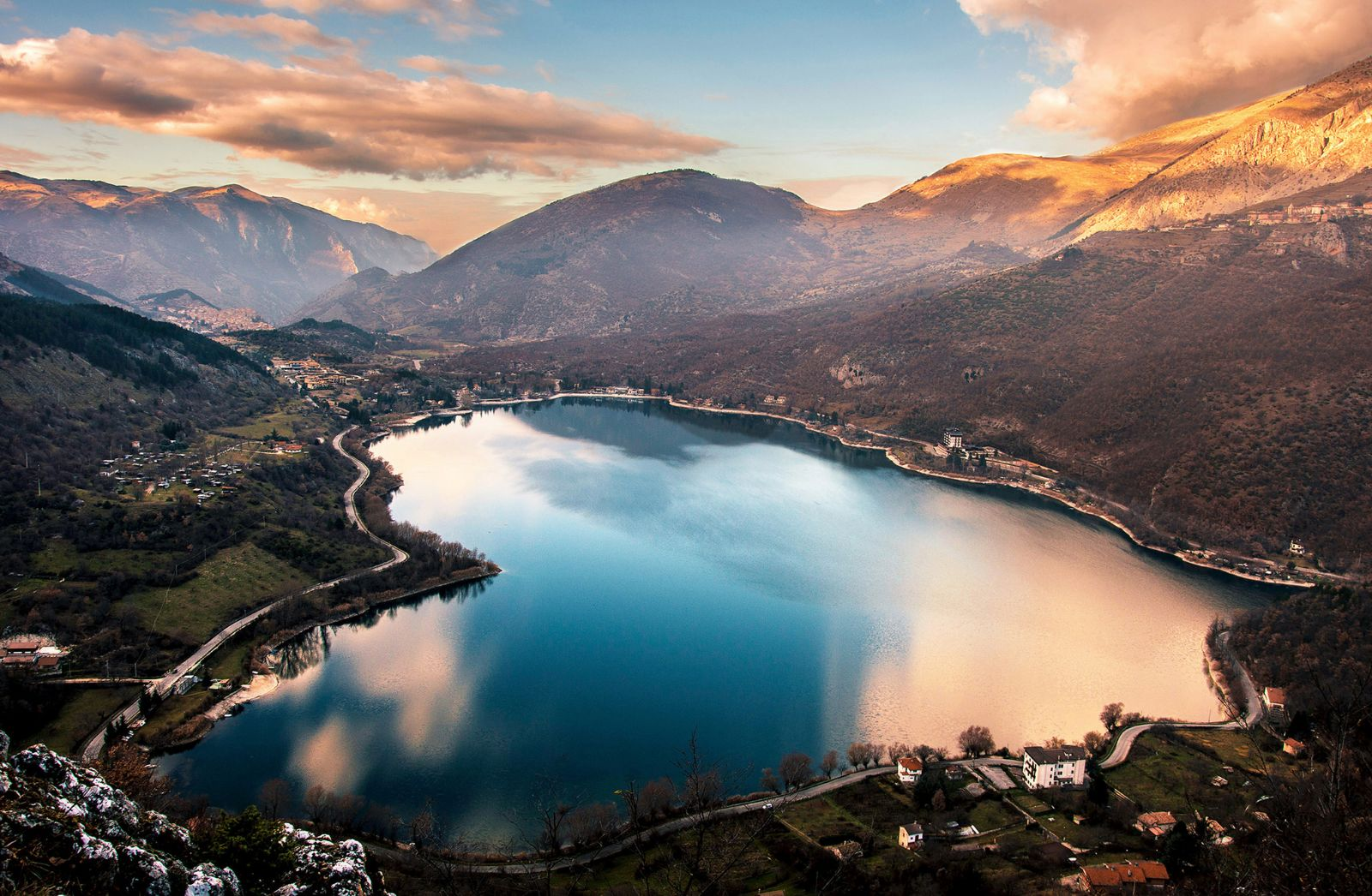L'Abruzzo cresce meno della media nazionale. I problemi si annidano nell'industria e nei servizi